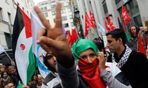 רומן עם הפשיזם החדש. Photograph: Francois Lenoir/Reuters